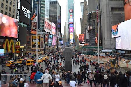 ニューヨーク タイムズスクエア