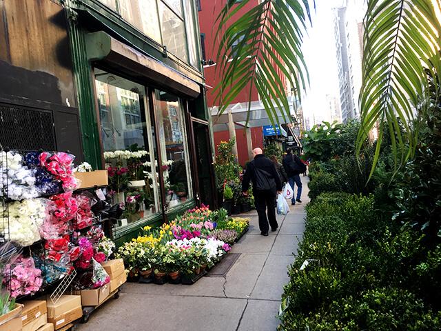 ニューヨーク マクドナルド周辺の花屋さん